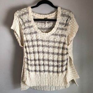 Cap/short sleeve sweater